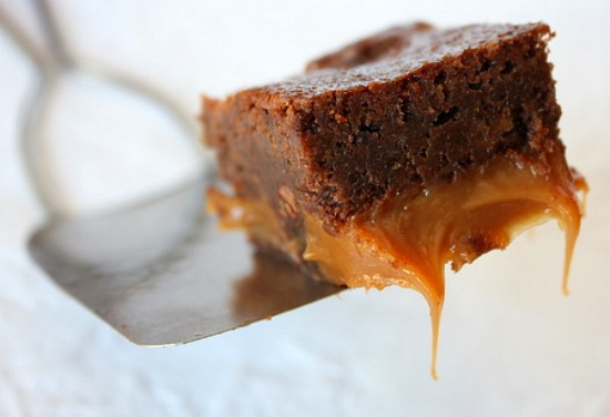 Fudgy Caramel Brownies Recipe